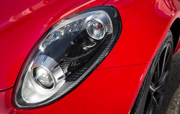 2015-Alfa-Romeo-4C-27