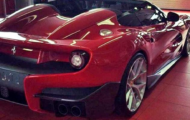 Ferrari-F12-TRS-gal-02