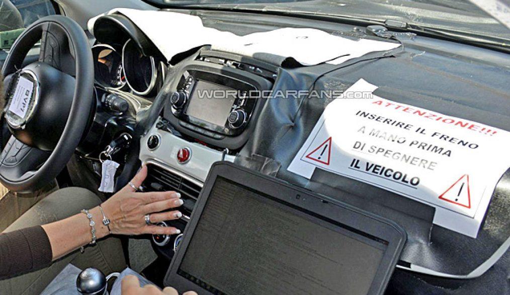 Scoop het interieur van de fiat 500x corsaitalia magazine for Interieur fiat 500x