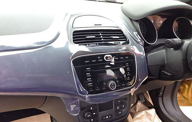fiat-punto-facelift-inside-view