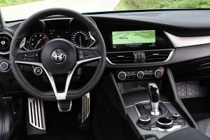 161122 Alfa-Romeo Giulia-Veloce 22