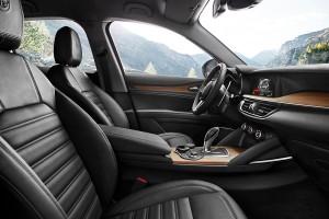 170117 Alfa-Romeo Stelvio 10