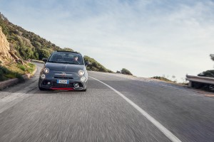170327 Abarth 695XSR Action 11