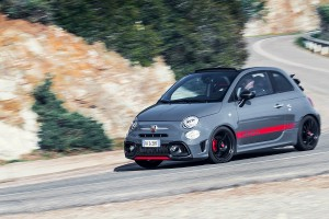 170327 Abarth 695XSR Action 19