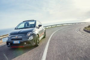 170327 Abarth 695XSR Action 21