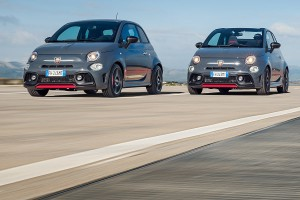 170327 Abarth 695 & XSR Action 01