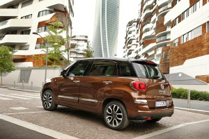 170522 Fiat New-500L-Lounge 03