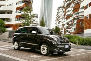 170522 Fiat New-500L-Wagon 01