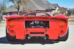 1967-Ferrari-330-P4-Tribute-06