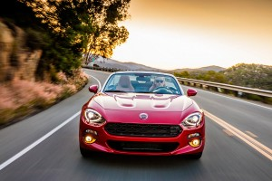 2016-Fiat124Spider-05