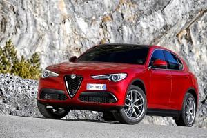 Alfa-Romeo-Stelvio-2017-001