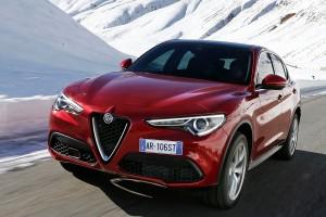 Alfa-Romeo-Stelvio-2017-015