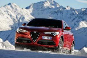 Alfa-Romeo-Stelvio-2017-029