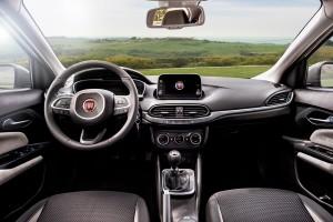 Fiat-Tipo-04-interni-01