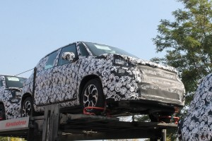 fiat-500l-facelift-first-spyshots-suggest-major-changes 8
