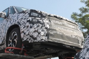 fiat-500l-facelift-first-spyshots-suggest-major-changes 9-1
